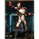 Hot Toys Iron Man Mark XlII Power Pose 1/6 Scale Statue