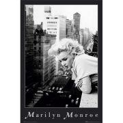 Marilyn Monroe Balcony - Maxi Poster - 61 x 91.5cm