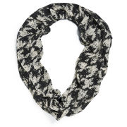 ONLY Women's Beate Houndstooth Abstract Print Scarf - Black/White