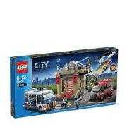 LEGO City: Museum Break-in (60008)