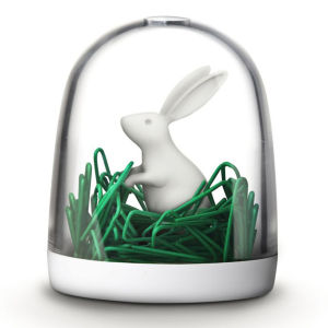 Bunny in the field Paper Clips