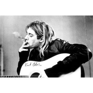 Kurt Cobain Smoking - Maxi Poster - 61 x 91.5cm