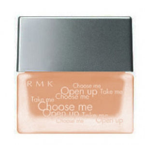 RMK Creamy Foundation - 104 (30g)