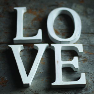 Nkuku Distressed Mango Wood Letters - Distressed White - A (15cm)
