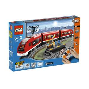 LEGO City: Passenger Train (7938)