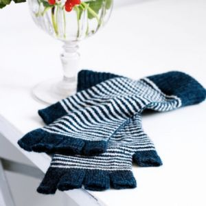 Jo Gordon Women's Blue Striped Fingerless Gloves