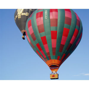 Champagne Hot Air Balloon Flight for Two