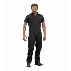 Hot Toys Marvel Tony Stark with Arc Reactor Creation Accessories Figure Set