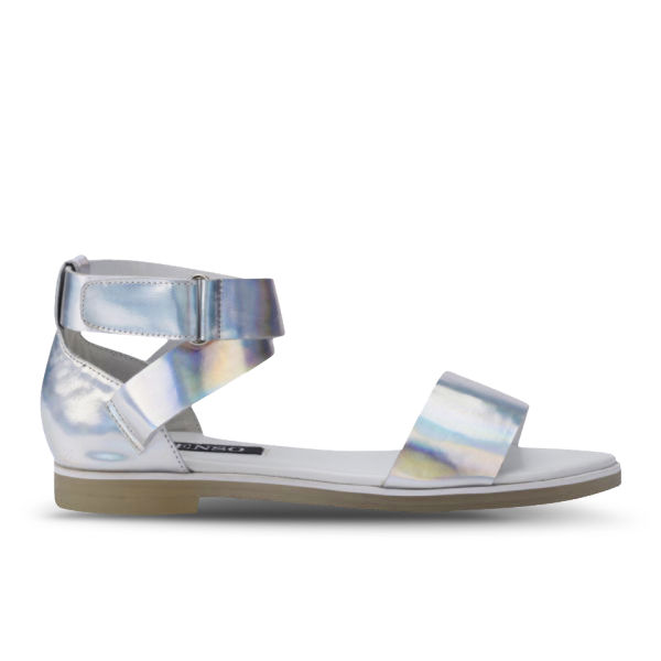 Senso Women's Faye II Holographic Leather Sandals - Silver