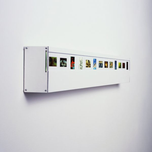 Wall Mounted Photo Slide Light with 36 Slide Spaces IWOOT