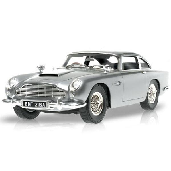 Hot Wheels James Bond Goldfinger Aston Martin DB5 1:18