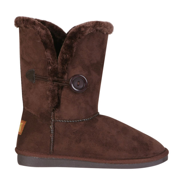 d050eccb49b Fake Uggs With Real Sheepskin