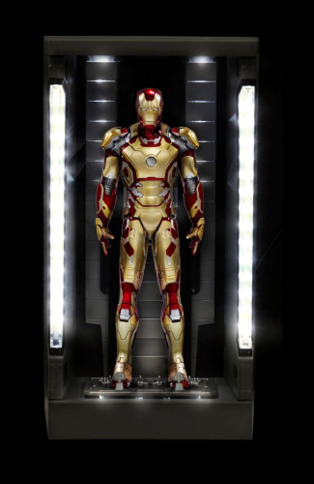 dragon-action-heroes-marvel-iron-man-mk42-with-hall-of-armour-19-scale-vignette