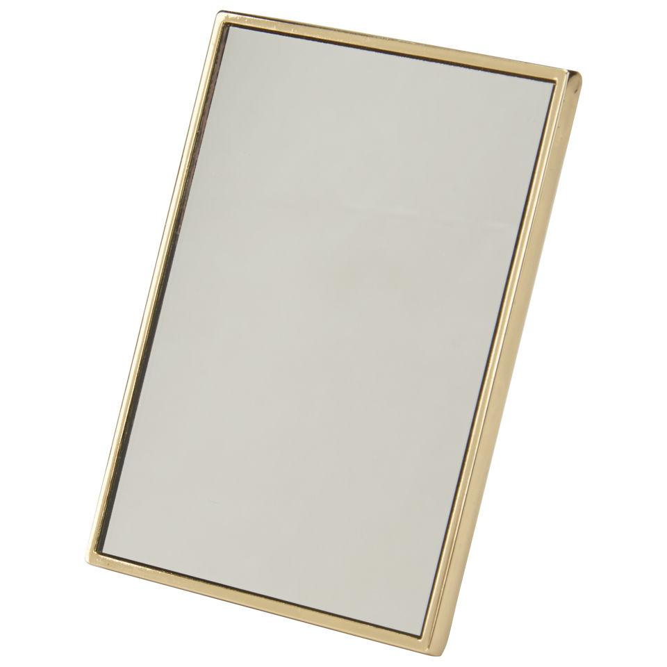 kerastase-compact-mirror-free-gift