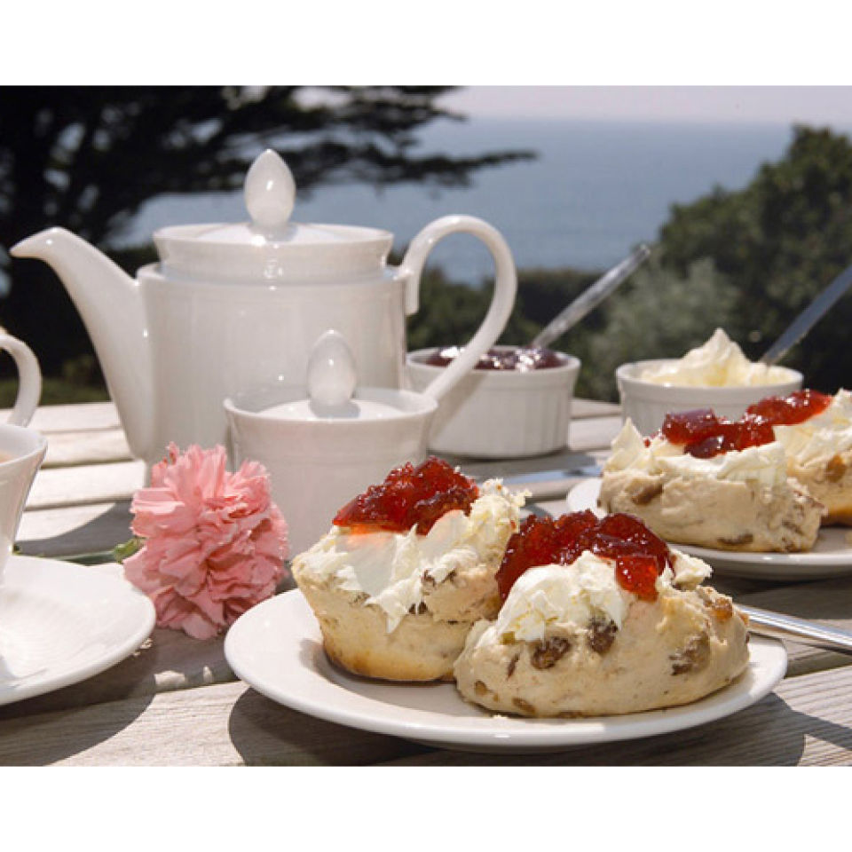 afternoon-tea-for-two-at-coombe-abbey