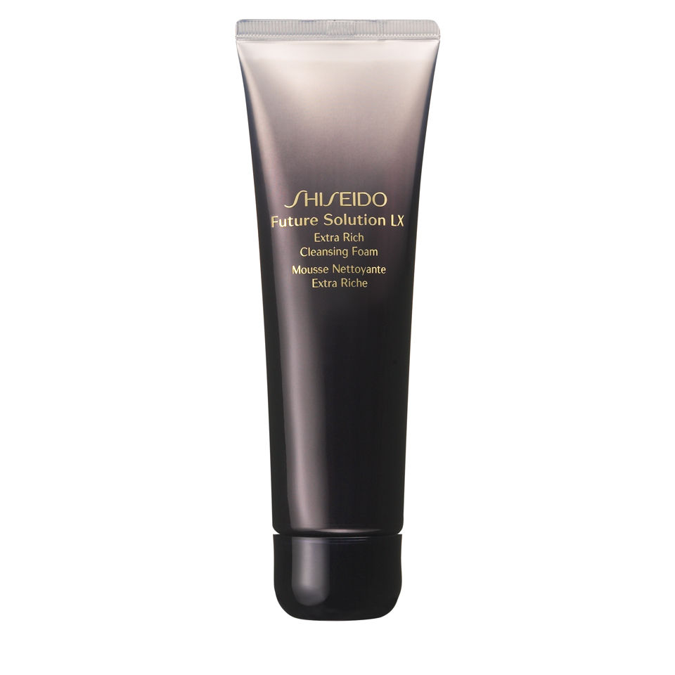 shiseido-future-solution-lx-extra-rich-cleansing-foam-125ml