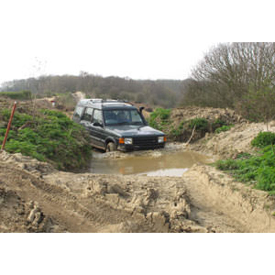one-hour-off-road-one-to-one-driving-experience-in-kent