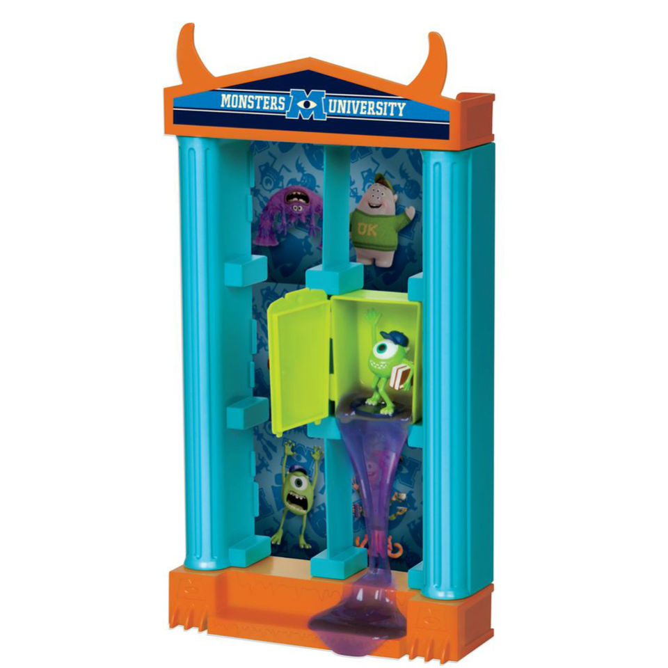 monsters-university-frat-house-storage-unit