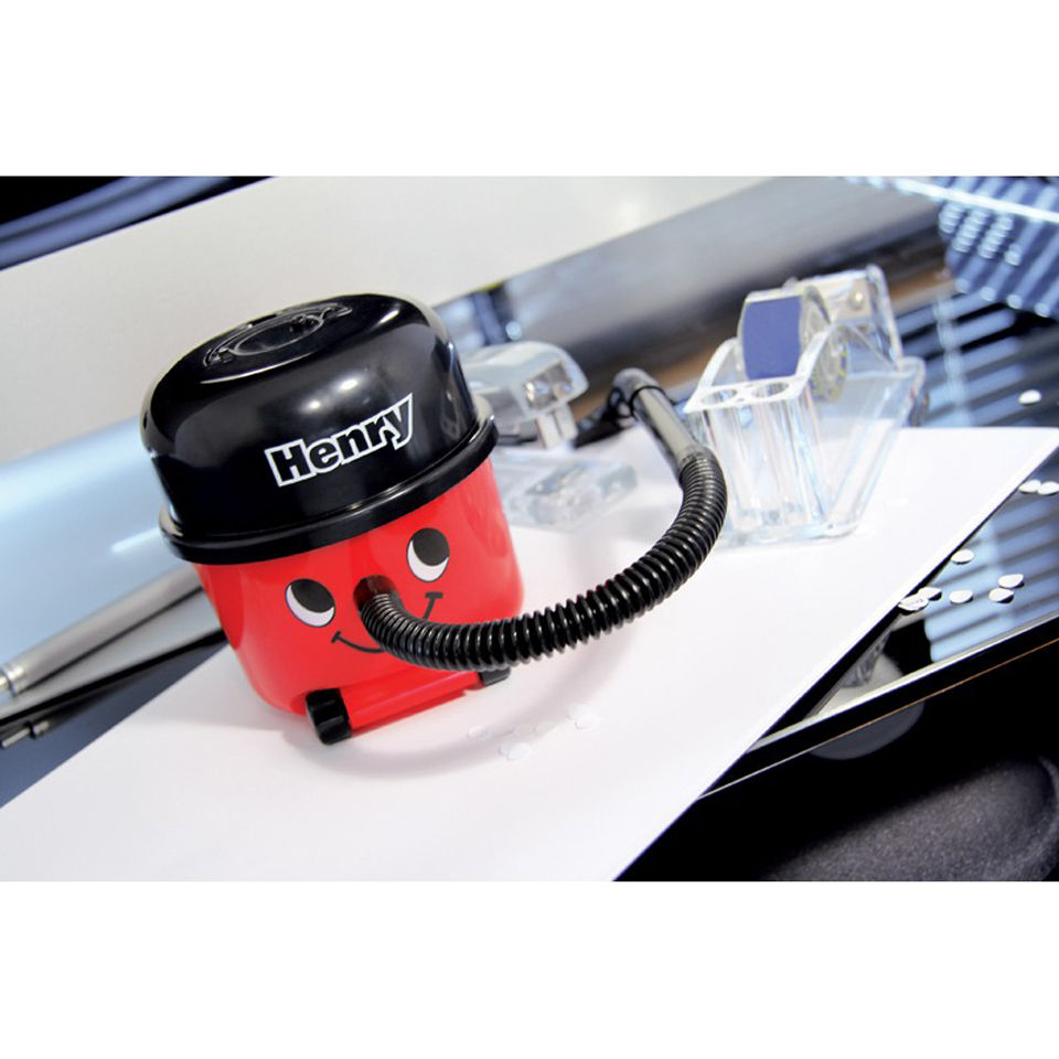 henry-desk-vacuum