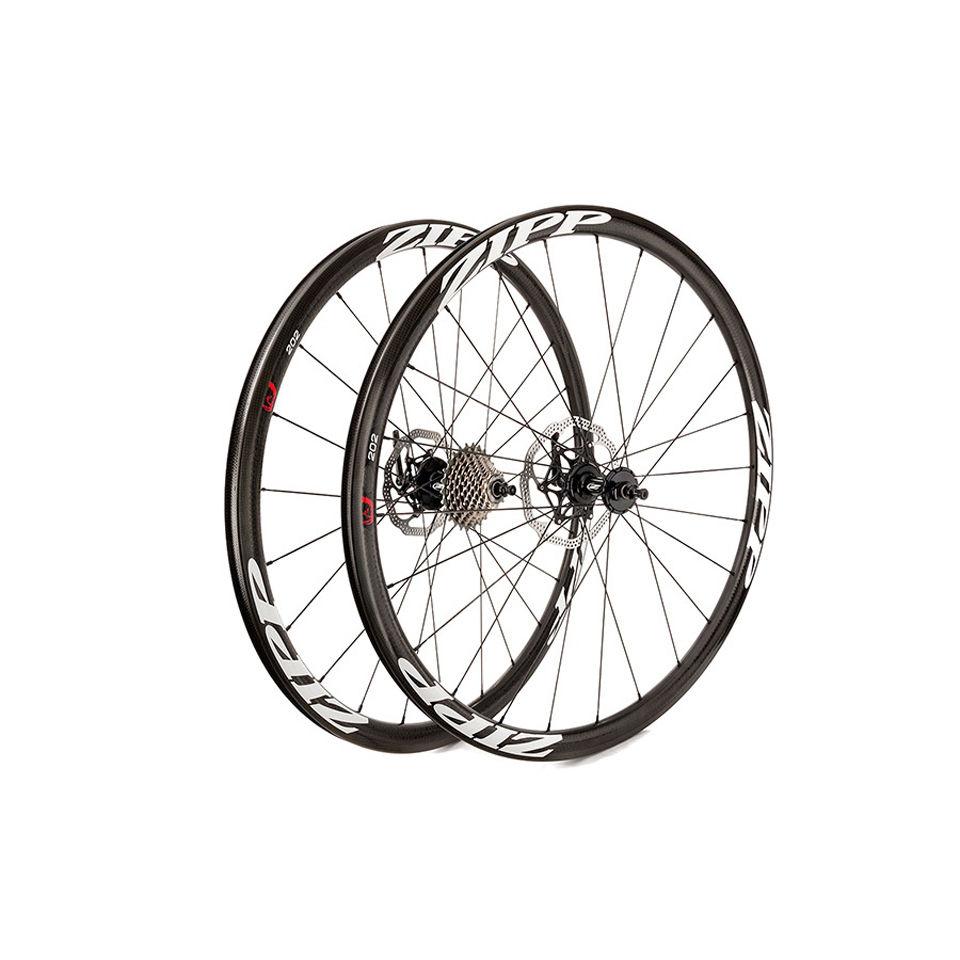 zipp-202-carbon-clincher-disc-brake-rear-wheel-24-spokes-1011-speed-black-decal-campagnolo-cassette-body-2015
