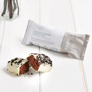 Deliciously Different Cookies and Cream Diet Bar