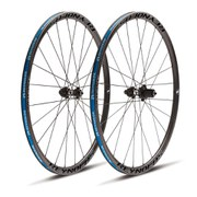 Reynolds Attack Clincher Disc Wheelset - Shimano - 2015