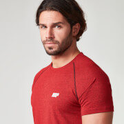 Myprotein Muška Crna Raglan Majica -Crvena