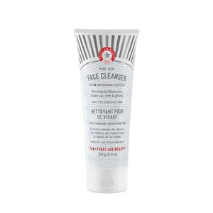 FIRST AID BEAUTY FACE CLEANSER SUPERSIZE - 226G