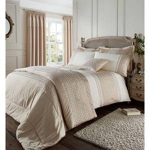 Catherine Lansfield Lille Bedding Set - Gold