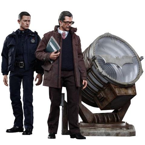 Hot Toys DC Comics Batman John Blake and Jim Gordon with Bat Signal 1:6 Scale Set