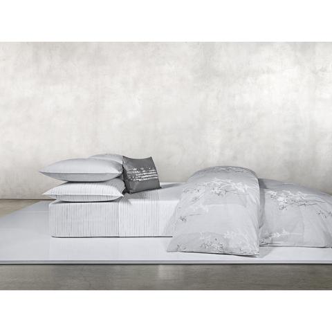 Calvin Klein Claytonia Duvet Cover - Grey