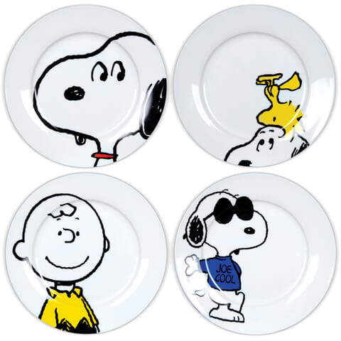 Snoopy Character Plates in Gift Box (Set of 4)