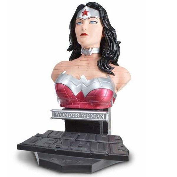 DC Comics Wonder Woman Solid 3D Puzzle