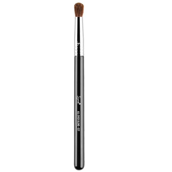 Sigma E37 All Over Blend Brush