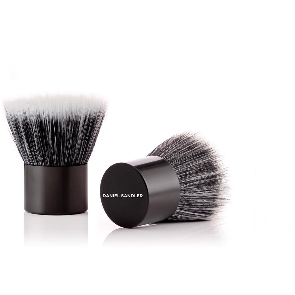 daniel-sandler-kabeauti-brush