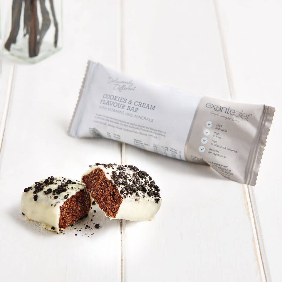 deliciously-different-cookies-cream-bar
