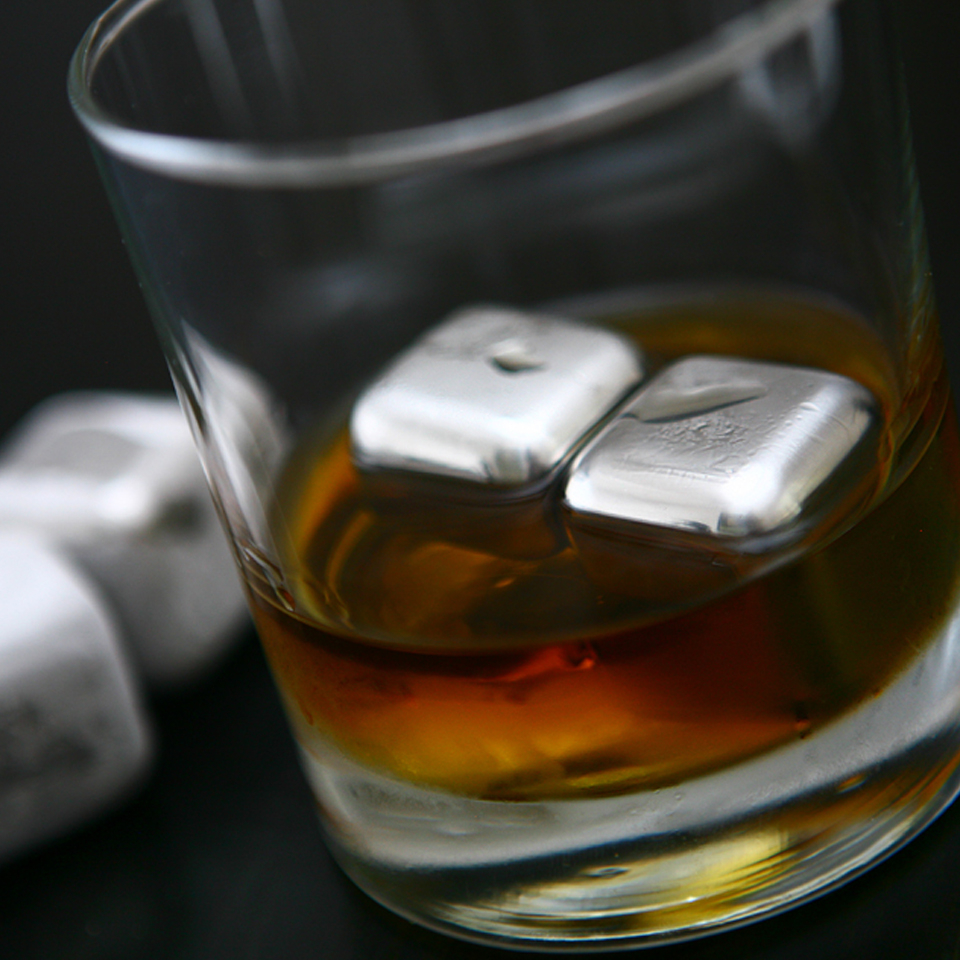 sparq-stainless-steel-whisky-cubes-set-of-4