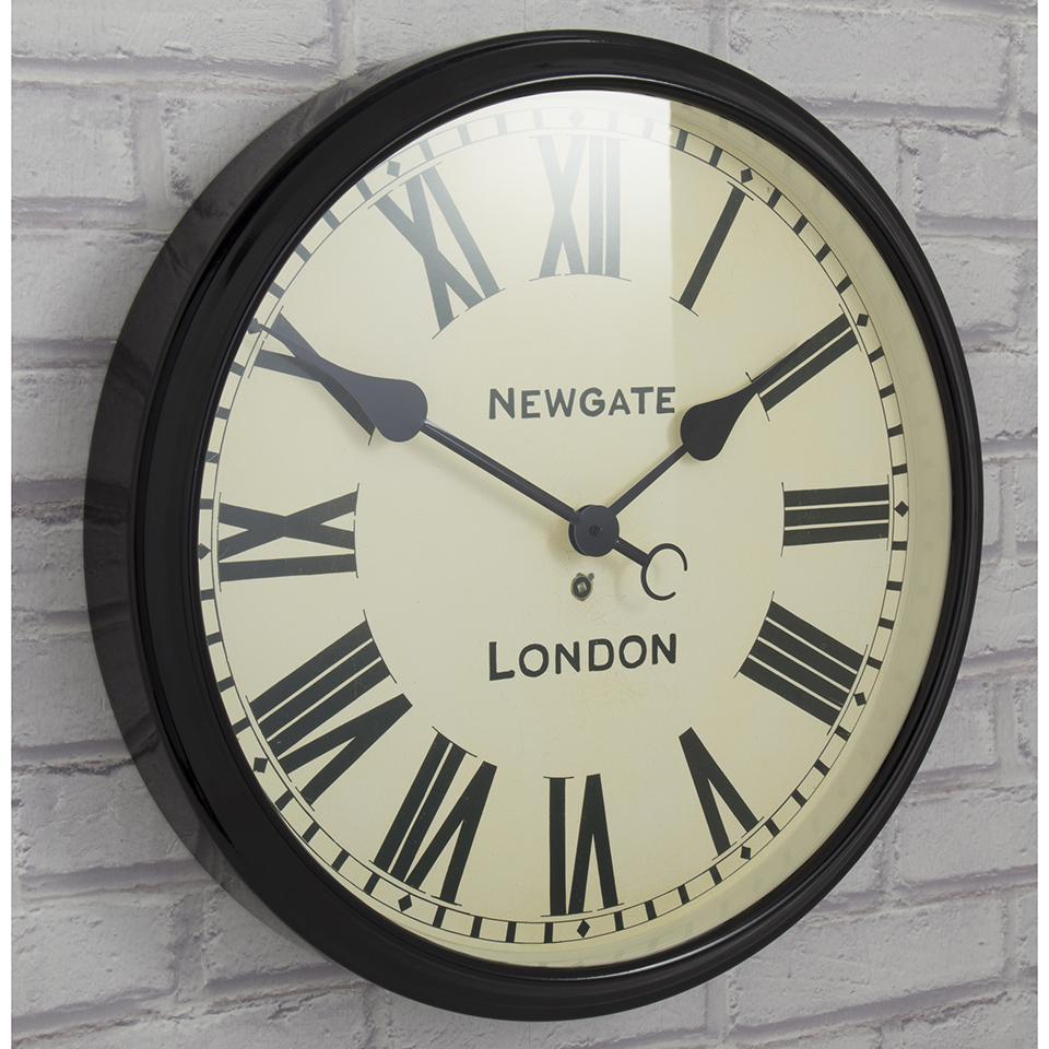 Moma timesphere wall clock bnib prezzo e offerte sottocosto for Newgate battersby wall clock