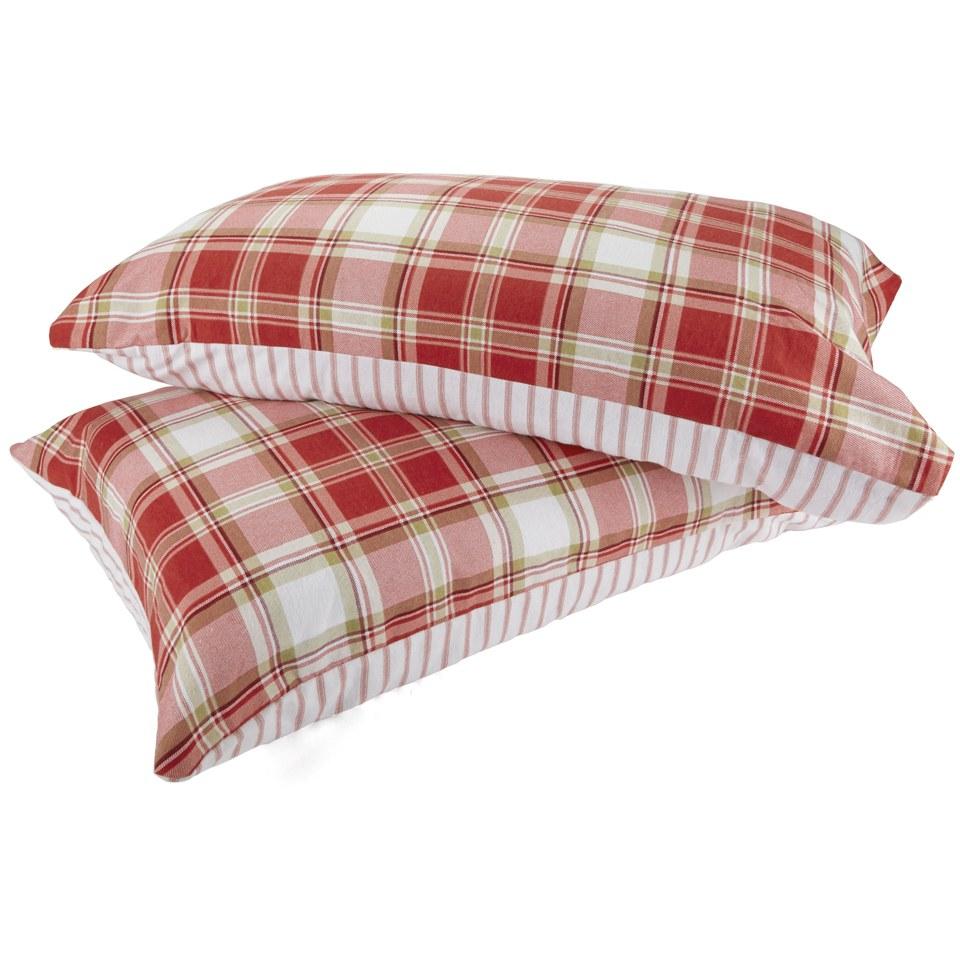 catherine-lansfield-tartan-housewife-pillowcase-pair-red