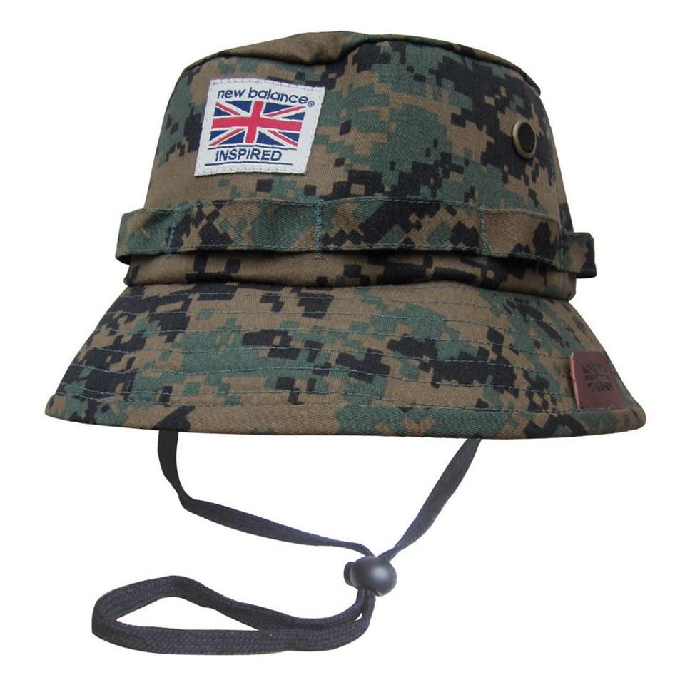 new-balance-men-explorer-bucket-hat-grey-digital-camo