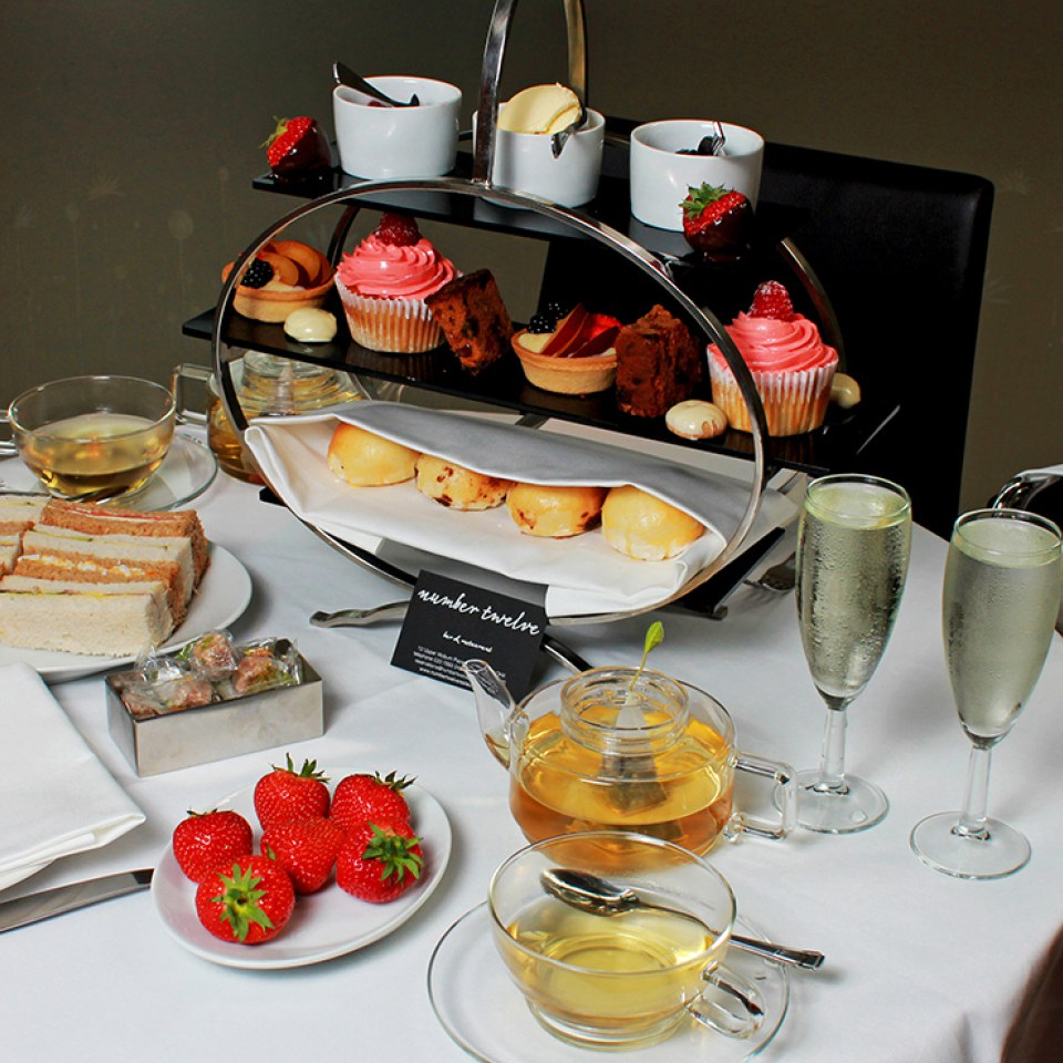 champagne-afternoon-tea-for-two