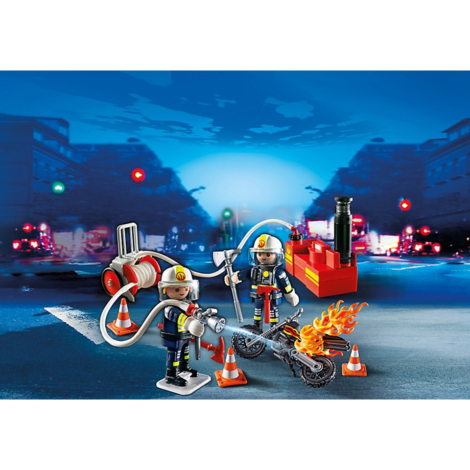 playmobil-firefighters-with-water-pump-5365