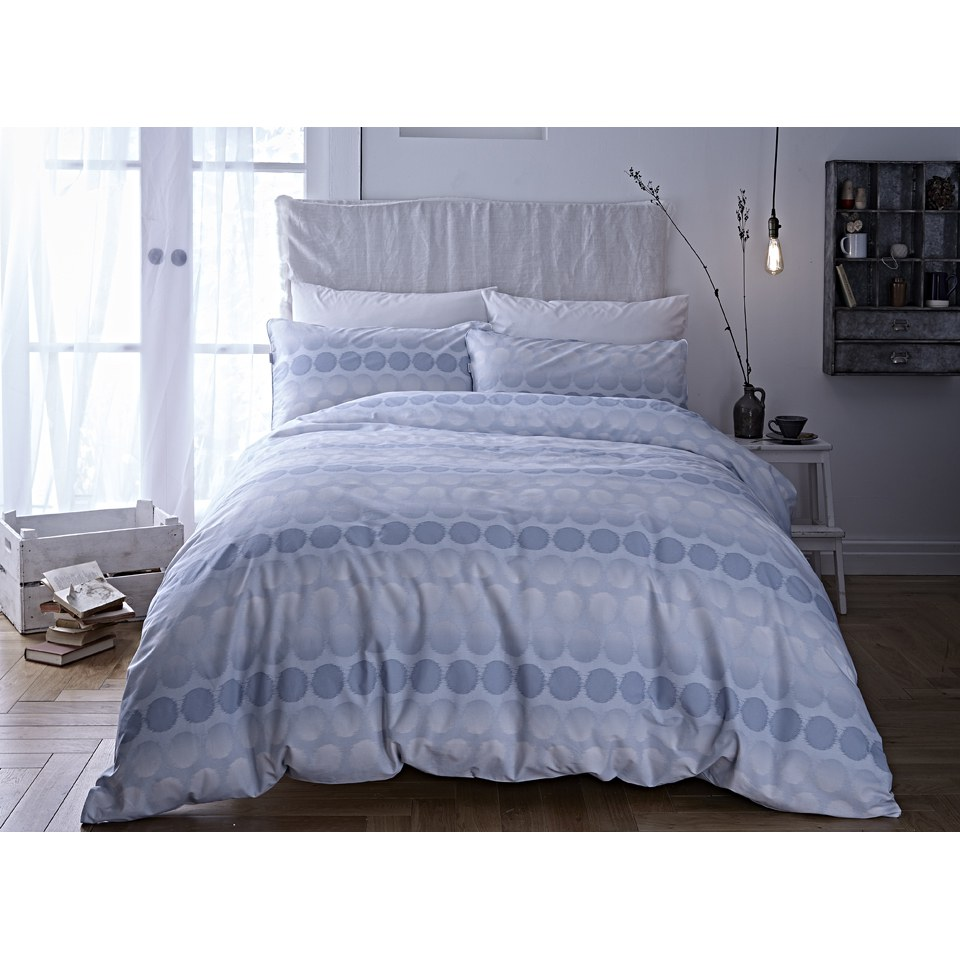bianca-spot-oxford-pillowcases-blue
