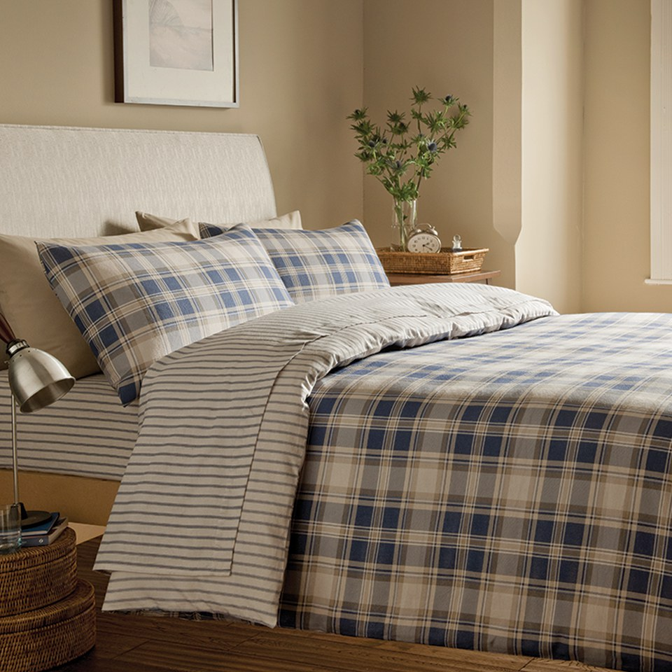 catherine-lansfield-tartan-brushed-bedding-set-multi-single