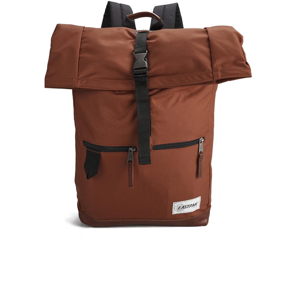 eastpak-macnee-rucksack-into-sambal