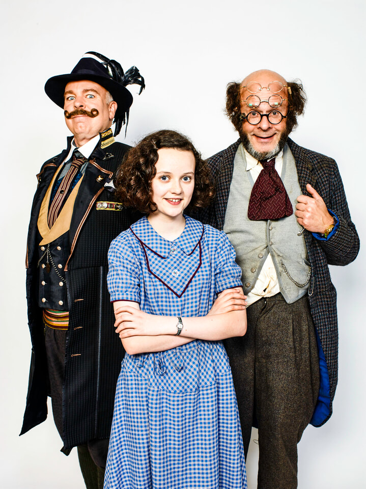 harry-hill-in-professor-branestawm-returns