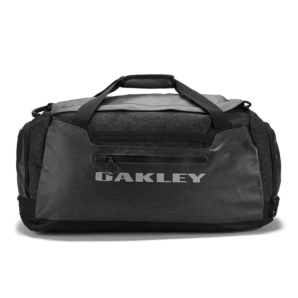 oakley-voyage-60-duffle-bag-black