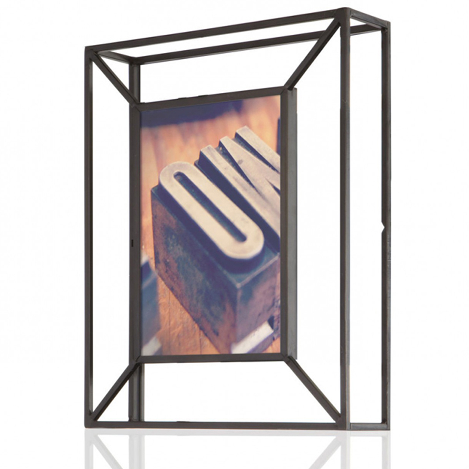 umbra-matrix-photo-display-black-8-x-10-20-x-25cm