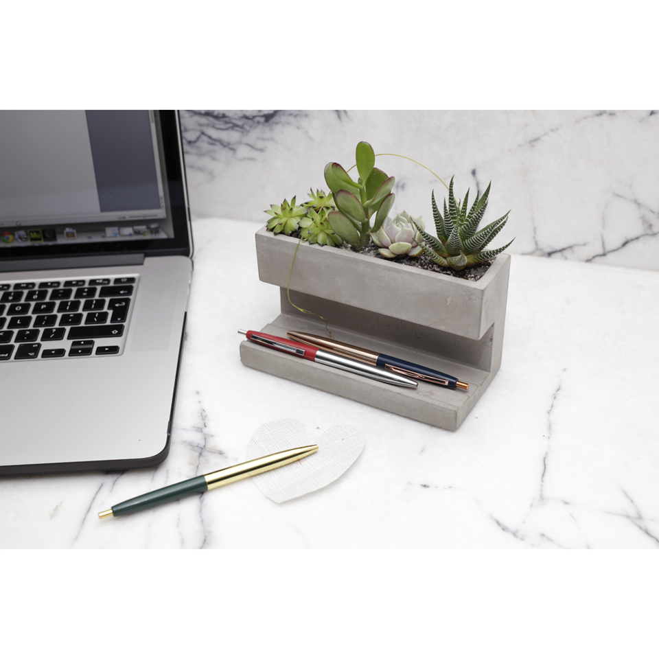 concrete-desktop-planter-pen-holder-large