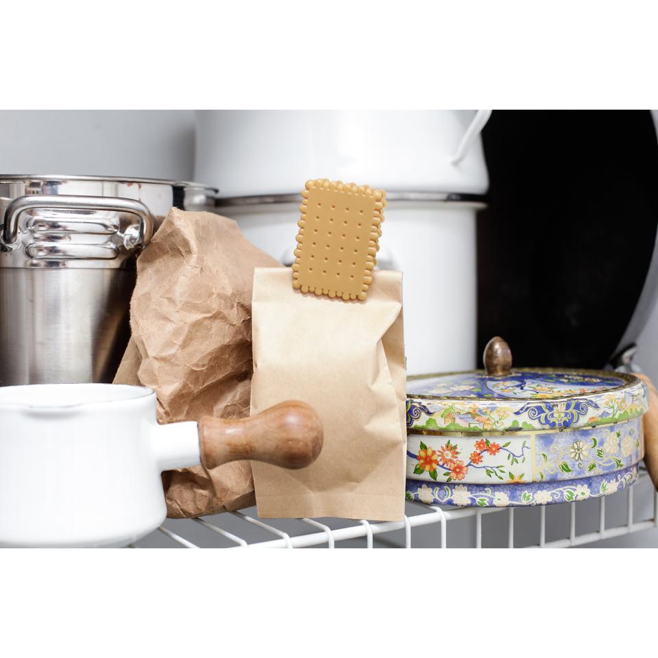 tea-biscuit-bag-clips